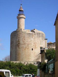 Méditerrannée - Le vieux phare d'Aigues-Mortes (Gard) - Feux : éteint