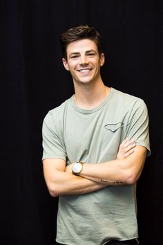 grant gustin He is reallyy awesome ❤❤ Grant Gustin Flash, Thomas Grant Gustin, Concessão Gustin, Barry Allen Flash, Grant Gusting, Berry Allen, Snowbarry, Cw Series, Fastest Man