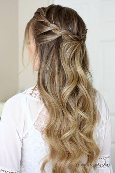 3 Easy Rope Braid Hairstyles Braid Easy Hairstyles Peinados flequillo c Box Braids Hairstyles, Prom Hairstyles, Pretty Hairstyles, Medium Hairstyles, Graduation Hairstyles For Long Hair, Easy Braided Hairstyles, Simple Elegant Hairstyles, Teenage Hairstyles, Hairstyles Videos