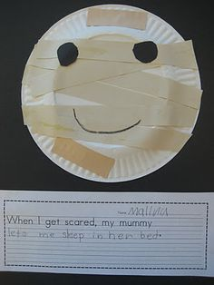 Cute Halloween writing activity: When I'm scared, my mummy... {Finally in First}