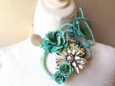 Wedding Necklace with Vintage Flower Brooches in by ZiLLAsQuEeN, 268.00