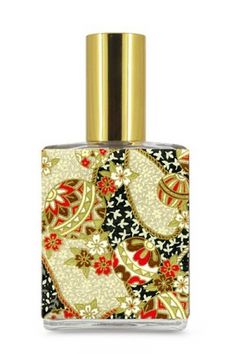 Geisha Vanilla Hinoki by Aroma M for women and men.. - Features bergamot, hinoki, lavender, leather, patchouli, amyris and cedar.