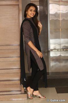Sri Divya looking gorgeous