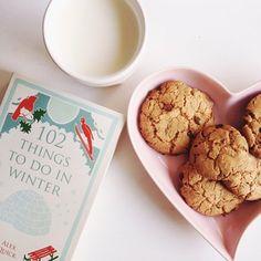 4 things I love: book, winter, cookies and milk  | 4 coisas que amo: livro, inverno, cookie e leite   Melina Souza -Serendipity <3