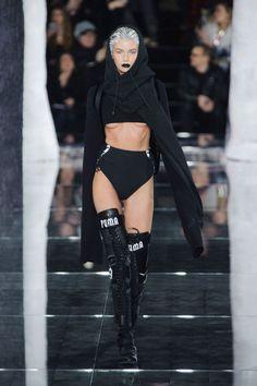 #NYFW: Rihanna presenta su colección FENTY para Puma
