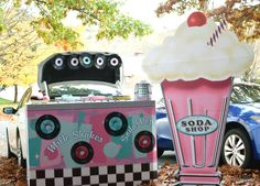 Are you looking for a fun, family-friendly Trunk or Treat theme? Check out this Fifties Soda Shop Halloween Trunk Theme. Your trunk will be a huge hit!