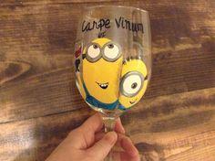 "My new wine glass! ""Carpe Vinum""..Seize the Wine, MINION STYLE! ;) Minion Glasses, Minion Characters, Diy Ideas, Craft Ideas, Room Stuff, Bottle Painting, Drinking Glass, Brush Strokes, Dorm Room"