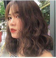 - All For Hair Color Trending Korean Hair Color, Korean Short Hair, Medium Hair Styles, Curly Hair Styles, Ulzzang Hair, Shot Hair Styles, Queen Hair, Permed Hairstyles, Dream Hair