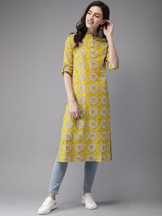 Simple Kurta Designs, Kurti Neck Designs, Kurta Designs Women, Kurti Designs Party Wear, Blouse Designs, Casual Indian Fashion, Indian Fashion Dresses, Indian Designer Outfits, Fashion Outfits
