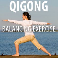 Dr Oz learned how three colorfully named poses from the ancient Chinese art of Qigong can help you to improve balance while reducing stress for health. Yoga Fitness, Fitness Tips, Tai Chi For Beginners, Tai Chi Qigong, Balance Exercises, New Energy, Dr Oz, Kettlebell, Yoga Meditation