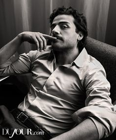 Oscar Isaac, yes, just yes!