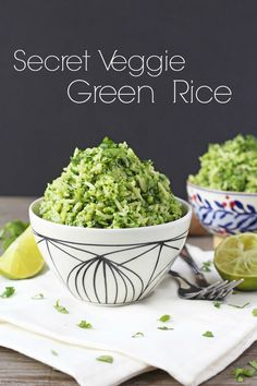 This Secret Vegetable Green Rice contains a whopping THREE portions of vegetables per serving. Shh, don't tell the kids! | My Fussy Eater Blog