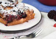 Pinzen-Restl-Auflauf+mit+Beeren French Toast, Breakfast, Desserts, Recipes, Food, Cake Ideas, Casserole, Berries, Glutenfree