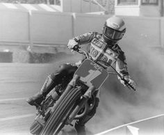 Bubba Shobert.... Flat Track Motorcycle, Flat Track Racing, Flat Tracker, Street Tracker, Grand National, Dirt Track, Super Bikes, Street Fighter, Motogp