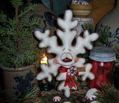 "Primitive Patti's Ratties Doll 9"" Snowman Snowflake Frosty Christmas Ornament"
