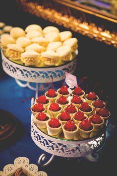 Docinhos de chocolate e cereja