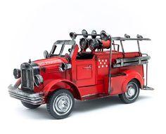 Miniatura Caminhão de Bombeiro - Machine Cult - Kustom Shop | A loja das camisetas de carro e moto