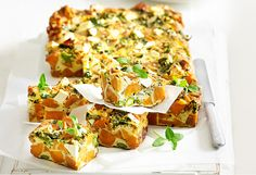 Sweet potato and asparagus frittata. A chunky frittata that makes a great brunch, a light lunch or a simple dinner Gluten Free Zucchini Recipes, Vegetarian Recipes, Cooking Recipes, Healthy Recipes, Cafe Recipes, Sweet Potato Frittata, Asparagus Frittata, Savoury Slice, Oven Vegetables