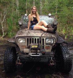 chicksoncars: Muddy Jeep