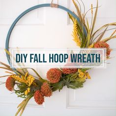 Simple and easy fall decor - DIY Hoop Wreath. Step-by-step instructions to make a fall hoop wreath. Blue Fall Decor, Elegant Fall Decor, Fall Home Decor, Easy Crafts To Make, Crafts To Sell, Diy Crafts, Diy Fall Wreath, Fall Wreaths, Memorial Flowers