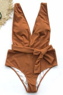 Cupshe Sea Escape Solid One-piece Swimsuit Baden 0ac2fe28ccbeb