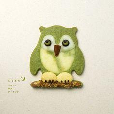 My Owl Barn: Cookies by henteco Paint Cookies, Fun Cookies, Cupcake Cookies, Decorated Cookies, Cupcakes, Owl Cakes, Edible Crafts, Biscuit Cookies, Cute Japanese