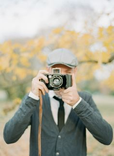 Vintage engagement session ~ Cassidy Carson Photography via Wedding Sparrow