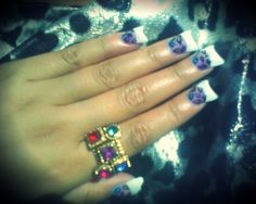 CLASSIC duck bill nails lol I don't do these... Mmmm mm no!