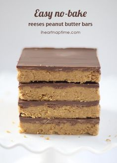 Easy no-bake chocolate peanut butter bars on iheartnaptime.com ...these are better than reeses!