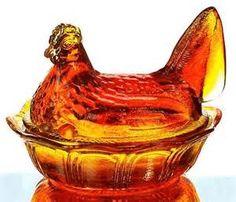 Fenton Orange Slice Hen on Nest.