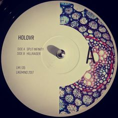 #nowspinning HOLOVR - Likemind 05. Likemind: LM-05 (2017). Last time I saw a Likemind release was back in 1996. 2 sublime tracks to resurrect the label with. Nice deep techno joints. Perfect. #techno #dubtechno #abstract #holovr #likemind #vinyl #vinyljunkie #record #recordcollector #recordcollection #recordplayer #igvinylclub #igvinylcommunity #instavinyl