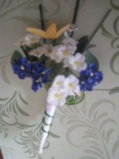 Blue white and yellow - sample silk boutonniere