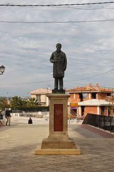 Un sitio donde encontrar noticias, artículos, enlaces, sugerencias, imágenes y muchas cosas más sobre la escultura pública.