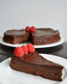 Green and Black's Flourless Chocolate Torte - Because I Like Chocolate