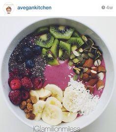 A big bowl of healthy Healthy Juices, Healthy Drinks, Healthy Snacks, Healthy Recipes, Healthy Habits, Lunch Snacks, Clean Eating Snacks, Healthy Eating, Raw Vegan Smoothie