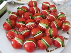 "The post ""Catering Tomatoes"" appeared first on Pink Unicorn Kreatives Cute Food, Good Food, Yummy Food, Appetizers For Party, Appetizer Recipes, Catering, Healthy Snacks, Healthy Recipes, Food Garnishes"