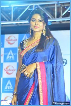 Sneha Prasanna In Different colors Silk Saree HQ Stills Beautiful Saree, Beautiful Indian Actress, Beautiful Actresses, Beautiful Women, Sneha Actress, Bollywood Actress, Sneha Saree, Saree Photoshoot, Tamil Actress Photos