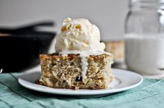 caramelized banana bread skillet cake