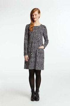 Taos Marimekko dress Marimekko Dress, Textile Design, Fashion Prints, Dress Skirt, What To Wear, Dresses For Work, Textiles, My Style, Celebrities