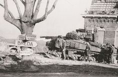 Polish Sherman Firefly from armoured area of Moerdijk autumn 1944 Holland Ww2 Pictures, Military Pictures, Sherman Firefly, Les Cents, Operation Market Garden, Us Armor, Sherman Tank, Model Tanks, Armored Fighting Vehicle