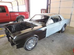 Car brand auctioned: Ford Mustang Black 66 mustang solid texas car complete tci coilover ft suspension lots of new parts