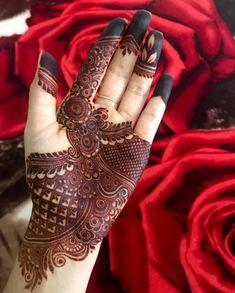 Mehndi Designs Front Hand, Mehndi Designs Book, Modern Mehndi Designs, Mehndi Designs For Girls, Mehndi Design Photos, Henna Designs Easy, Mehndi Designs For Fingers, Mehndi Designs For Hands, Henna Tattoo Designs