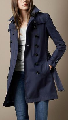 Fashion Tips For Women Mid-Length Cotton Poplin Trench Coat Trench Coat Outfit, Raincoat Outfit, Burberry Trench Coat, Coat Dress, Burberry Brit Jacket, Navy Trench Coat, Long Raincoat, Yellow Raincoat, Fashion Mode