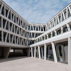 Grüntuch Ernst - German school Madrid #7 German School (2015) in Madrid, Spain, by Grüntuch-Ernst Architects, photographed by Ximo Michavila.