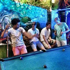 Out at some random hostel suggested to us by a fellow we met at the taco place. Great night drinking free beer and pool with some of my new mates. #hostel #pool