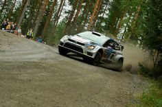 #Volkswagen es muy superior en el Mundial de #Rally.   Sébastien Ogier campeón del #Rally de Finlandia. Es su 5ta victoria en el campeonato #WRC durante esta temporada. Orgullo #VW !!