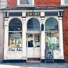 Sweny's | 27 Things Nobody Tells You About In Dublin