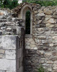 Budapest - Margit-sziget - kolostor rom