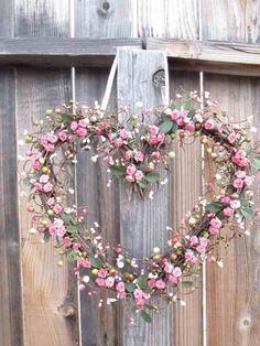 Pretty heart wreath..such inspiration!!