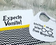 It's a Harry Potter baby bib and burp set! Adorable 😊#creativesewingboutique #harrypotter #babyshower #baby